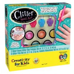 Glittery nail art-Manicure Brillante